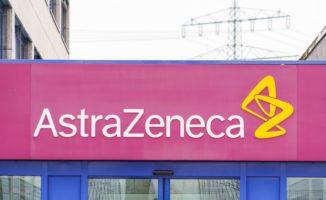 """ES užsimena, kad gali nebeužsakyti daugiau """"AstraZeneca"""" vakcinos"""