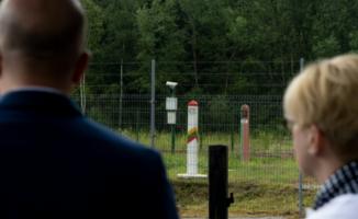 """Ar tvora bus """"auksinė"""": Premjerė teigia, kad fiziniam barjerui pasienyje reikės per 100 mln. eurų"""