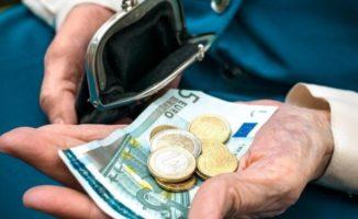 Svarstoma, kad 260 eurų pensijos galėtų gauti ir visai nedirbę: stažas neatspindi žmogaus nuopelnų